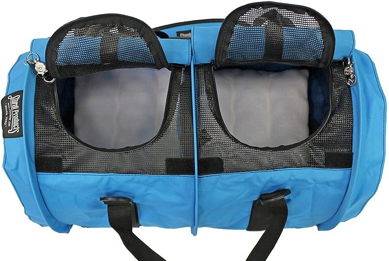 Portable cat carriers for multiple cats